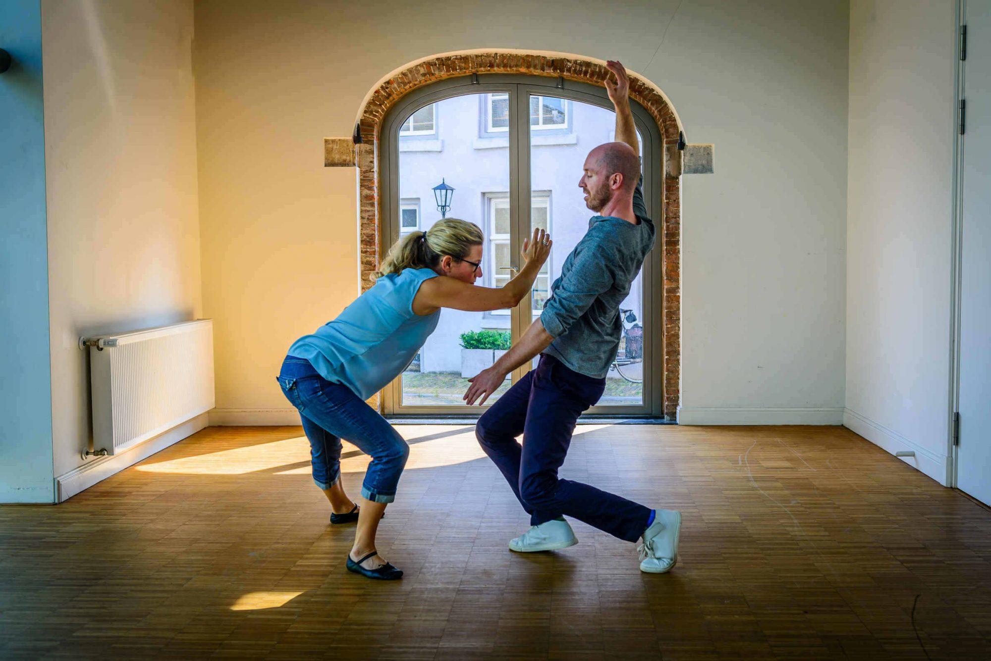 Esther danst voor haar 'health'